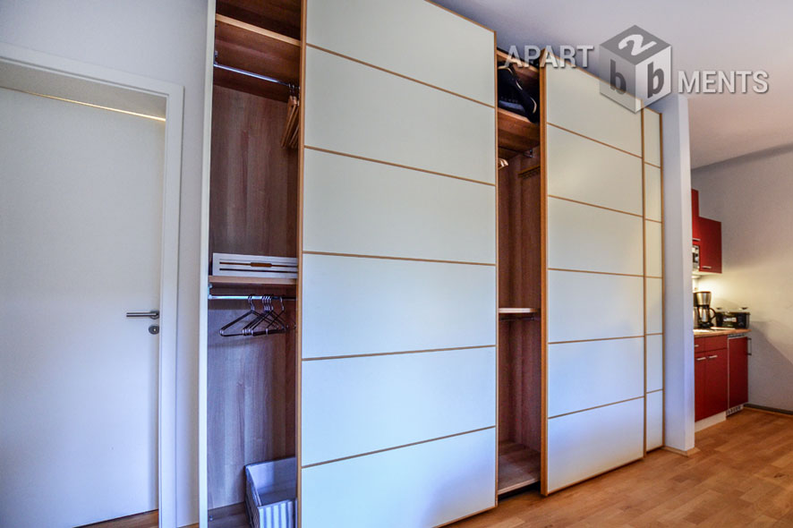 Bright and modern furnished apartment with terrace in Cologne-Hahnwald