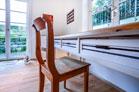Helle und modern möblierte Wohnung mit Terrasse in Köln-Hahnwald