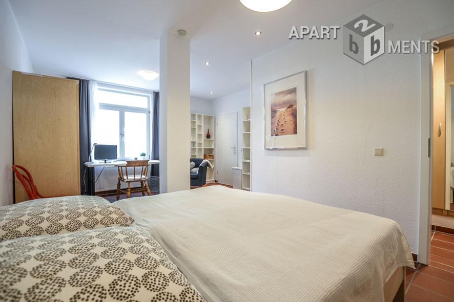 Modern möblierte Wohnung mit Terrasse in Hürth-Efferen