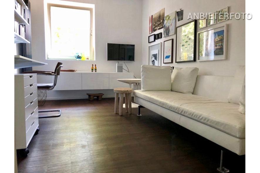 Modern möblierte Wohnung mit Balkon in Köln-Riehl