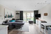 Modern möbliertes Apartment mit Terrasse in Köln-Lindenthal