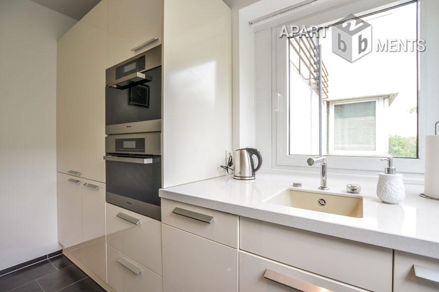 Hochwertig möbliertes Apartment mit verglaster Loggia in Köln-Altstadt-Nord