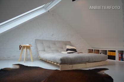 Stilvoll und modern möblierte Maisonette in Köln-Ehrenfeld