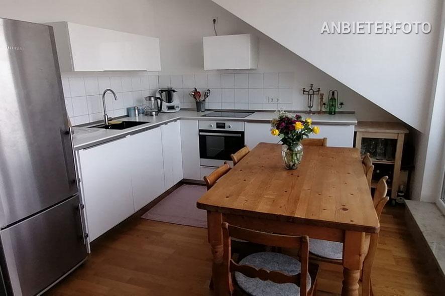 Möbliertes und geräumiges Apartment in Köln-Raderberg