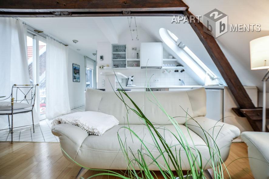 Modern furnished attic flat in Cologne-Neuehrenfeld