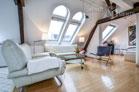 Modern möbliertes Dachapartment in Köln-Neuehrenfeld