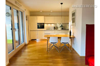 Furnished modern and light apartment with balcony in central location in the Altstadt-South