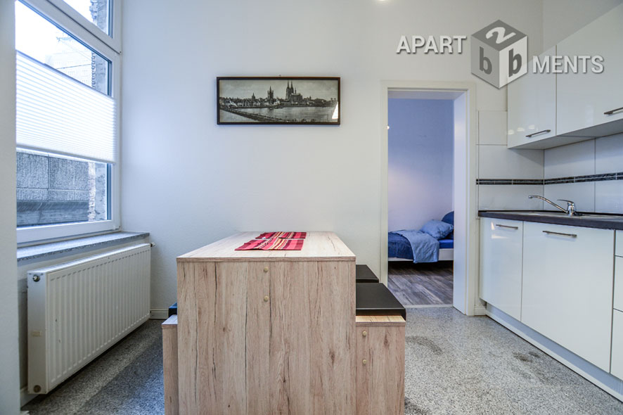 Furnished apartment in Cologne-Altstadt-North