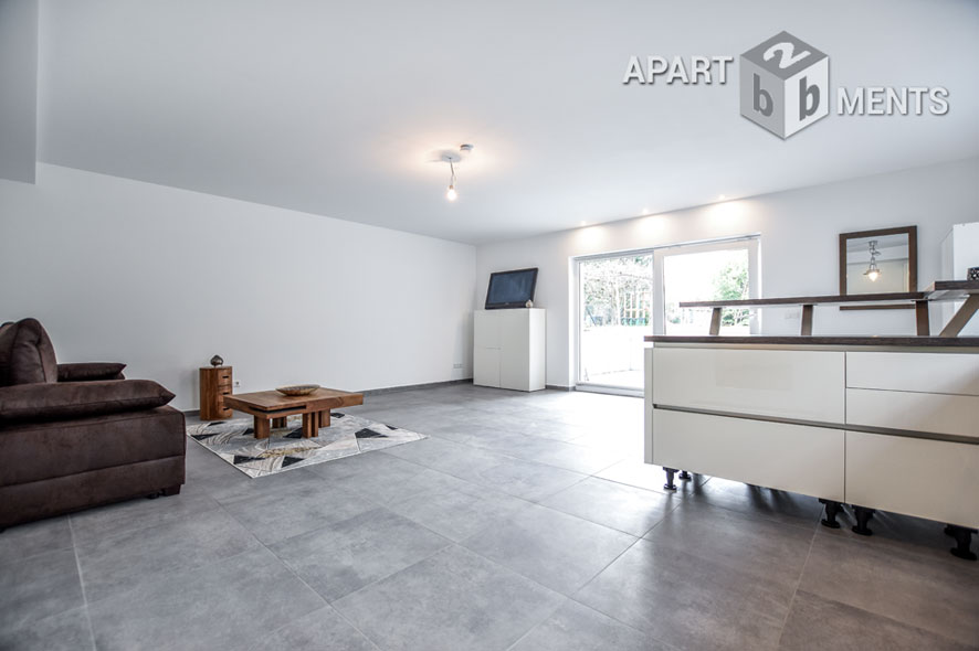 Furnished granny apartment with terrace in Cologne-Longerich