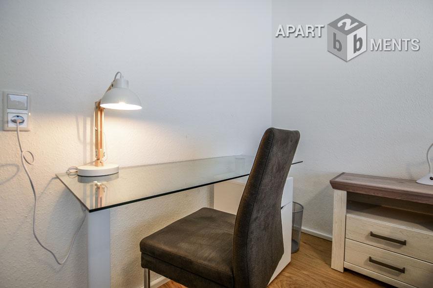 Möblierte und geräumige Wohnung mit Balkon in Leverkusen-Opladen