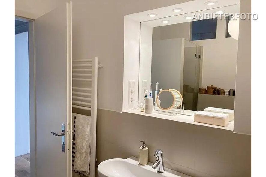 Hochwertig möblierte Wohnung in Köln-Nippes mit 2 Balkonen