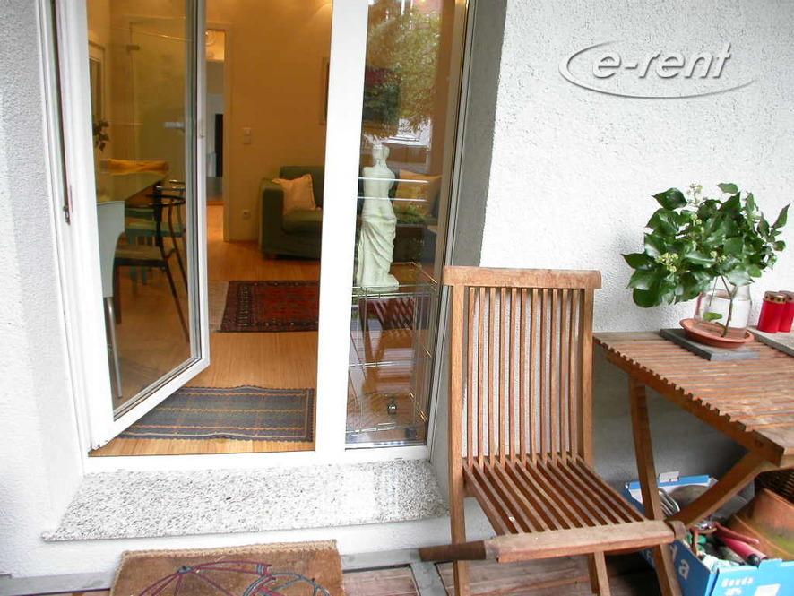 Hochwertig und modern möblierte Wohnung in Düsseldorf-Pempelfort