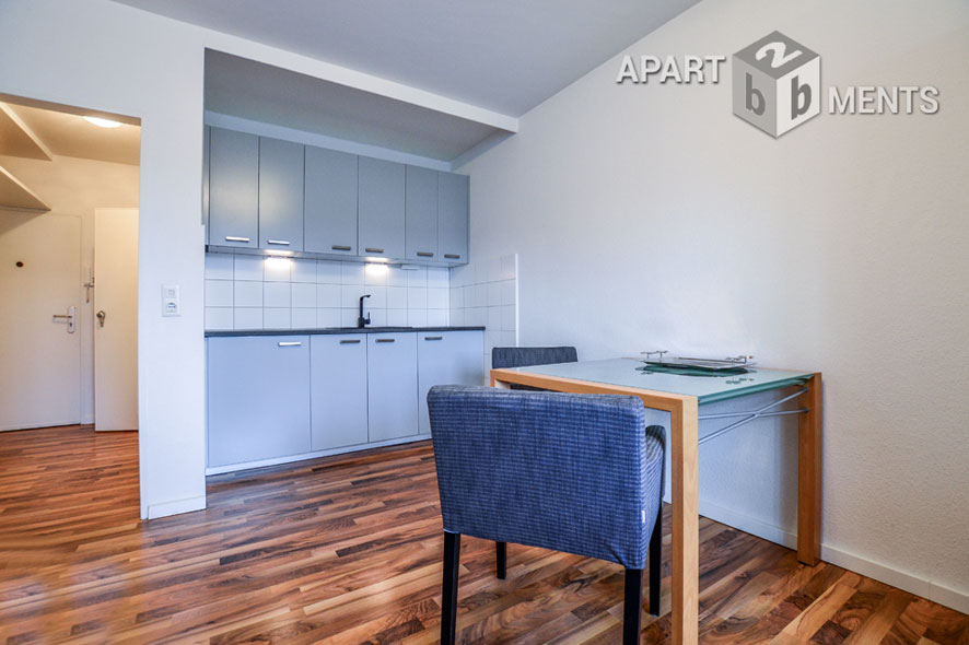 Furnished and quietly situated apartment with balcony in Düsseldorf-Wersten