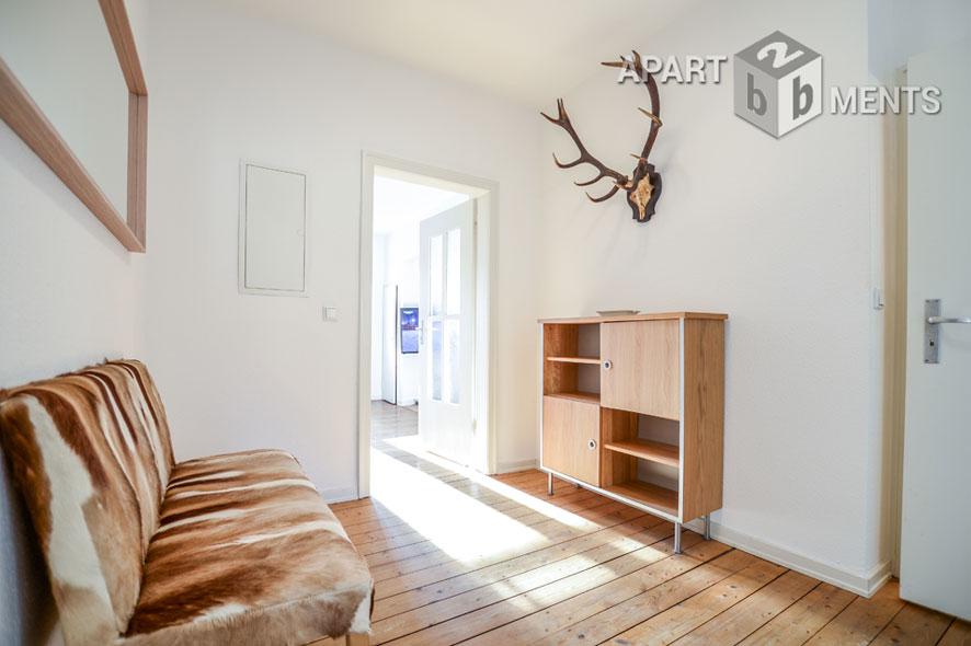 Modernly furnished apartment with view in a park-like garden in Düsseldorf-Wersten