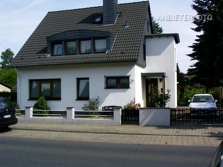 Modern möblierte Wohnung in Düsseldorf-Stockum