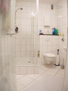 Modern möbliertes und geräumiges Apartment in Ratingen-Tiefenbroich