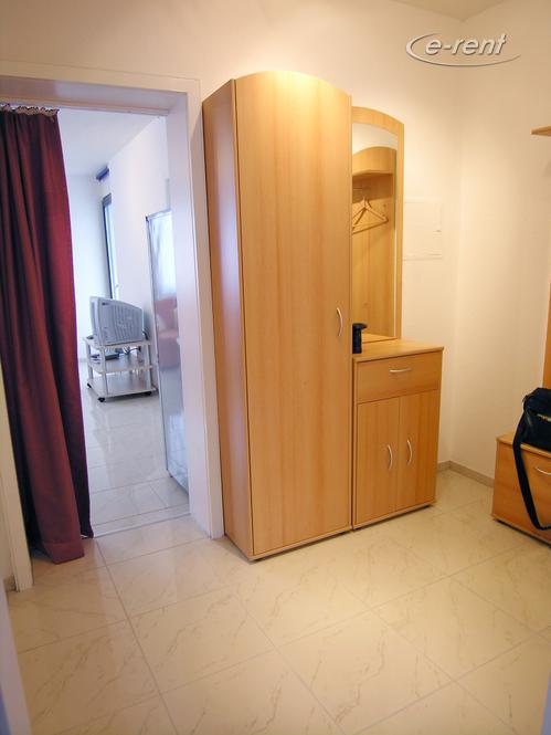 Modern möblierte und gut ausgestattete Wohnung in Ratingen-Tiefenbroich