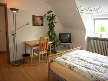 Modernly furnished and quiet apartment in Dusseldorf-Stockum