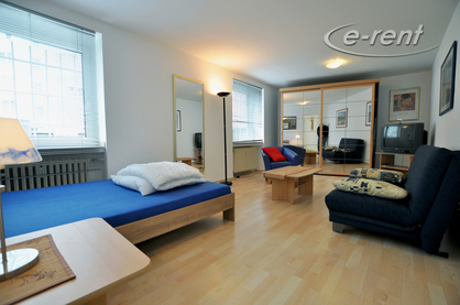 Well-kept furnished and centrally located apartment in Düsseldorf-Stadtmitte