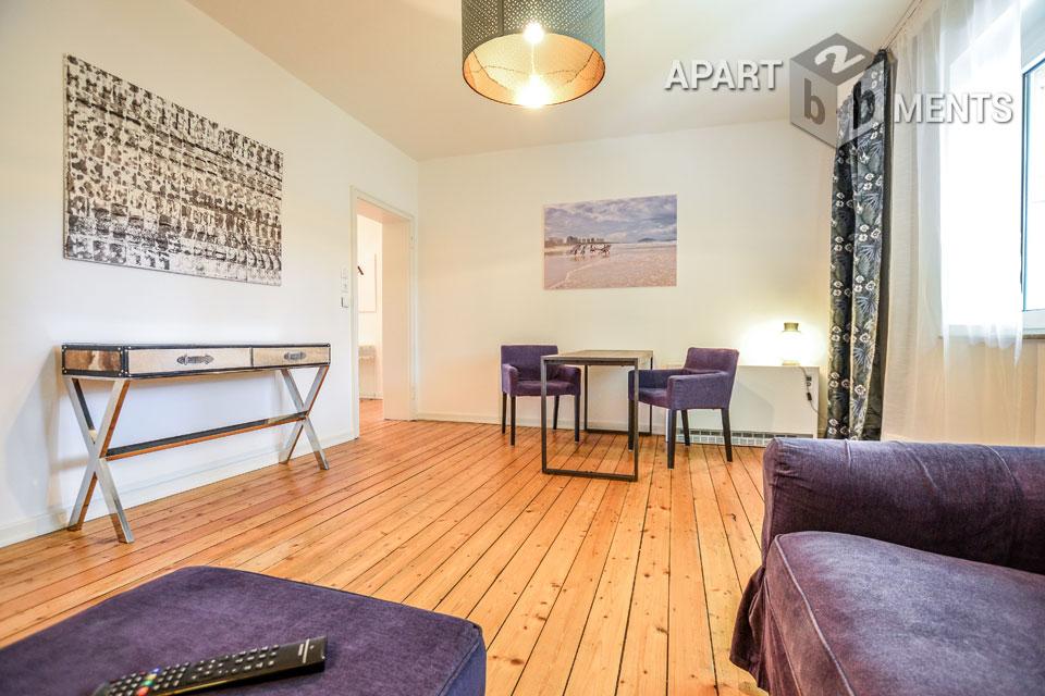Modern furnished apartment with balcony in Düsseldorf-Wersten