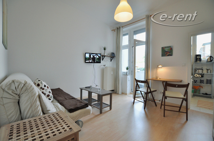 Modern furnished and centrally located apartment with balcony in Dusseldorf-Derendorf