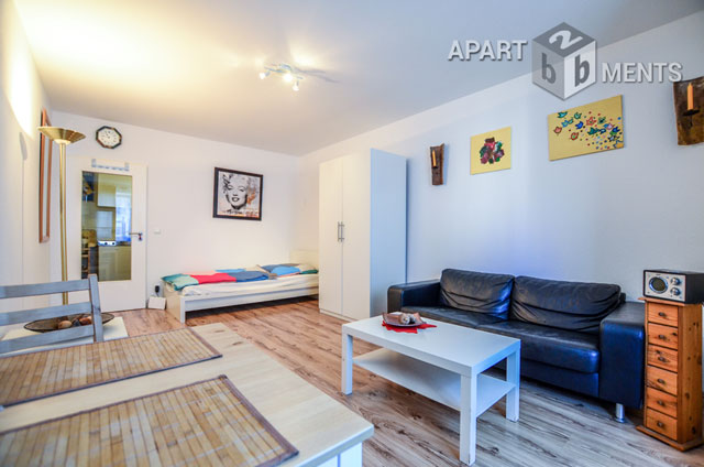 Modernly furnished and centrally located apartment in Düsseldorf-Flingern-Nord