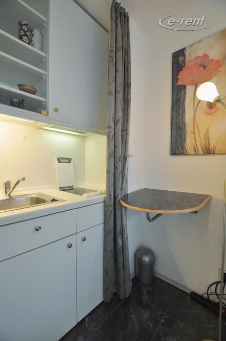 Exklusiv möbliertes Apartment in zentraler Lage in Düsseldorf-Pempelfort