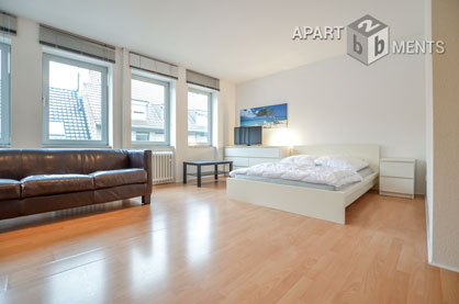 Modern furnished apartment in very attractive and central residential area in Dusseldorf-Carlstadt