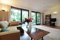 Modernly furnished semi-detached house with 2 living levels in Neuss-Reuschenberg