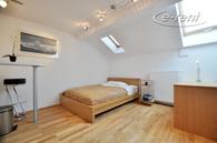 Modern möblierte Wohnung der gehobenen Kategorie in Düsseldorf-Stadtmitte