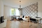Moderne möblierte und zentral gelegene Wohnung mit Balkon in Düsseldorf-Pempelfort