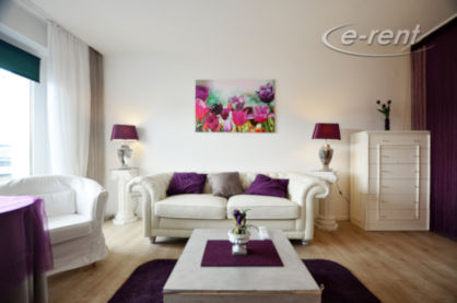 Modernly furnished and bright apartment with balcony in Düsseldorf-Bilk
