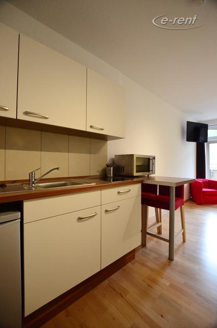 Modern möbliertes Altbauapartment in Düsseldorf-Grafenberg