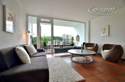 Stilvoll und hochwertig möblierte Wohnung mit Panoramablick in Düsseldorf-Mörsenbroich