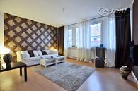 Ruhige, möblierte, sehr helle 2-Zimmer-Wohnung im 4.OG eines Mehrfamilienhauses - Nähe Zoopark