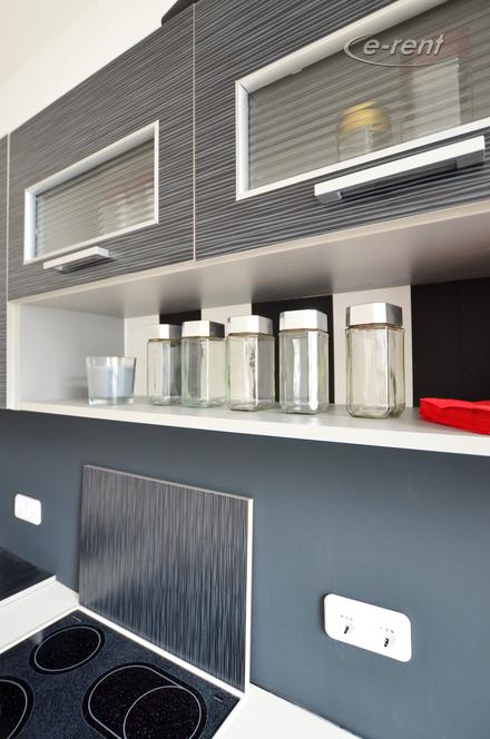 Moderne möblierte und zentral gelegene Wohnung in Düsseldorf-Pempelfort
