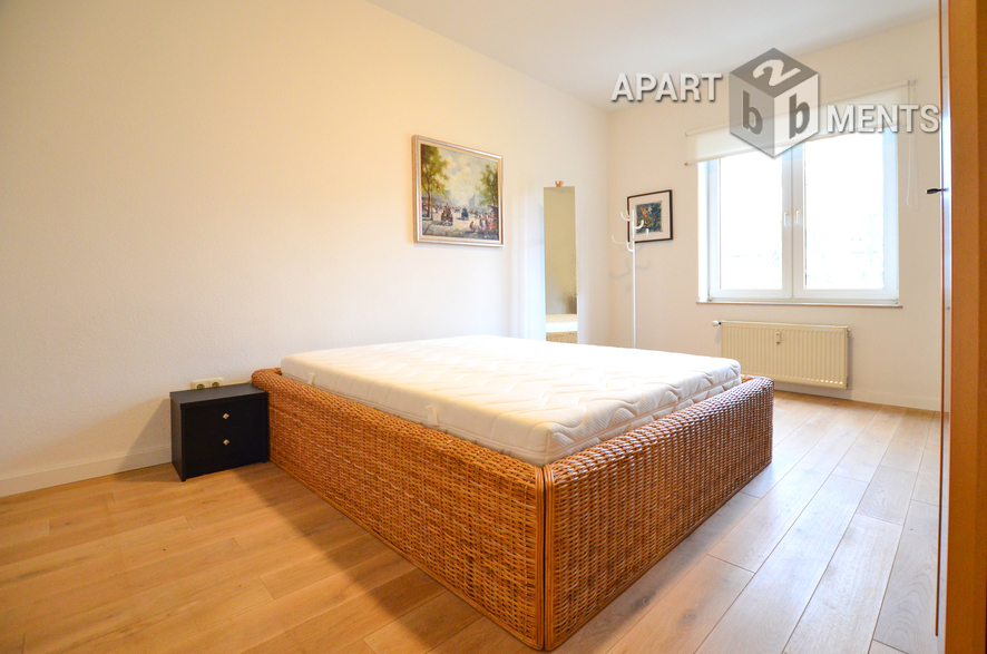High quality furnished luxury old building apartment in best location of Dusseldorf-Morsenbroich