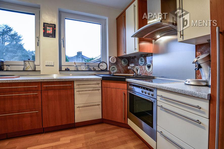 Erstklassig möblierte und ruhige Wohnung am Rhein in Leverkusen-Hitdorf