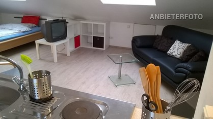 Modernly furnished and centrally located maisonette apartment in Neuss-Weckhoven