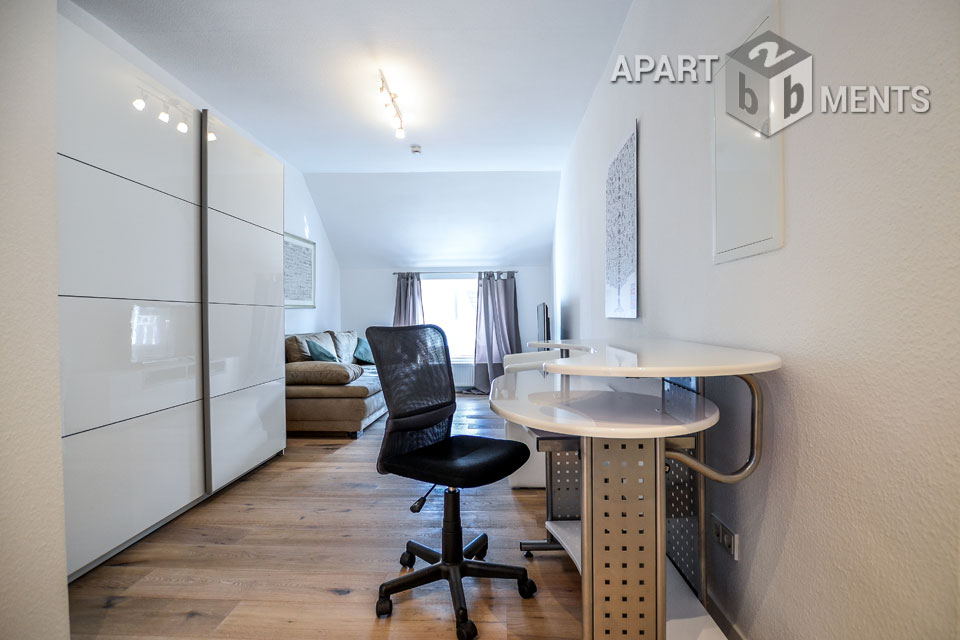 Modern furnished apartment with balcony in central location of Dusseldorf-Bilk