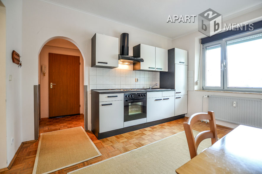 Modern möblierte und ruhig gelegene Wohnung in Düsseldorf-Unterrath-Derendorf