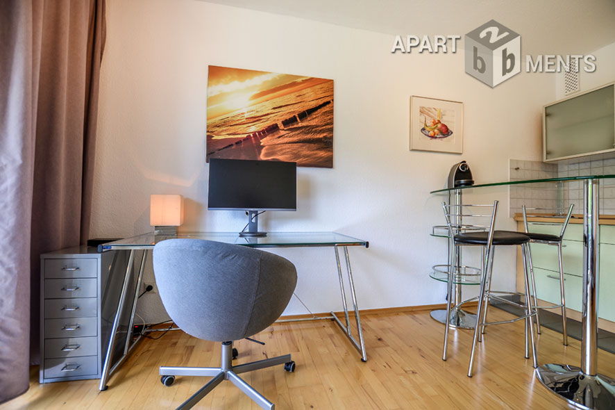 Modernly furnished and freshly renovated apartment in Düsseldorf-Lohausen