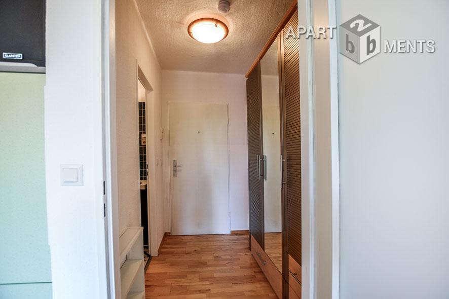 Modern möbliertes und frisch-renoviertes Apartment in Düsseldorf-Lohausen