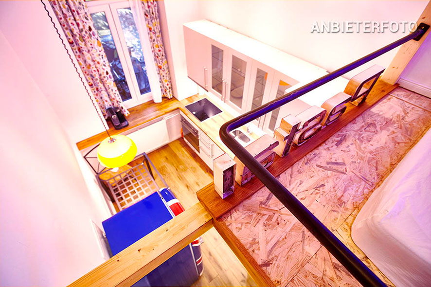 Möblierte und schön ausgerichtete Altbauwohnung in Düsseldorf-Oberbilk