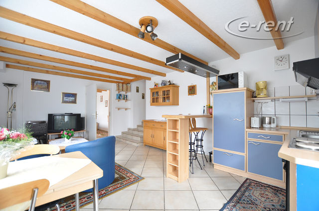 1.5 room apartment with a separate entrance and a view into the garden