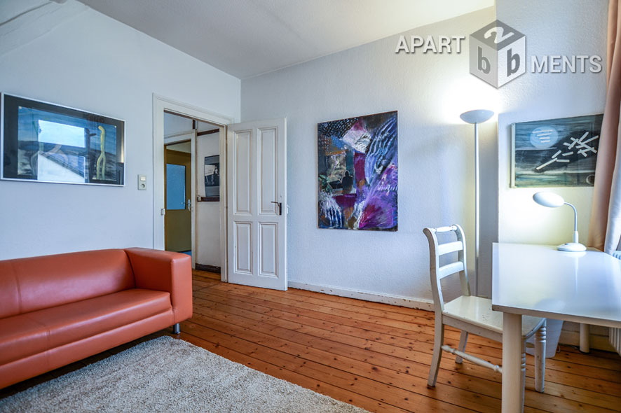 Möblierte und geräumige Wohnung mit Dachterrasse in Bonn-Villenviertel