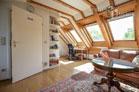 Gemütliche möbliertes Dachstudio mit Blick ins Grüne in Bonn-Kessenich
