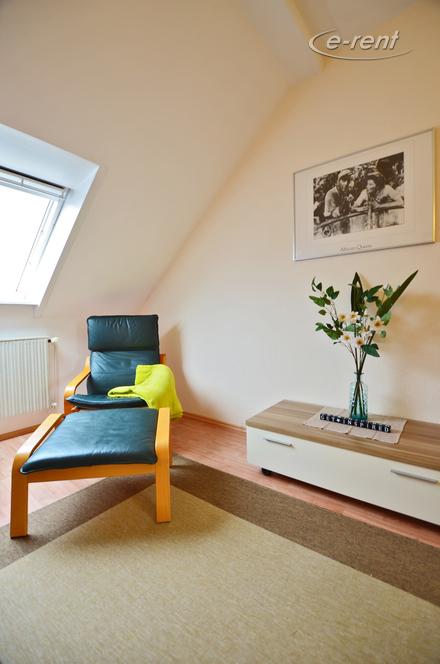möblierte, ruhige 2 Zimmerwohnung in Bonn-Bad Godesberg/ Rüngsdorf