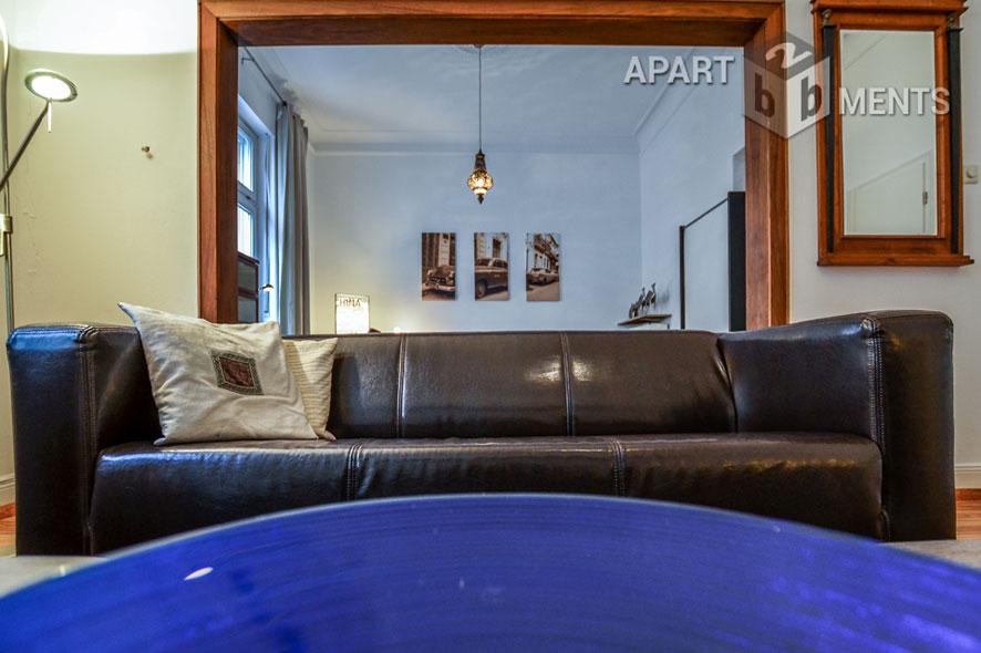 elegant möblierte Wohnung mit künstlerischem Flair in Bonn-Rüngsdorf