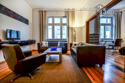 Elegant furnished apartment with artistic flair in Bonn-Rungsdorf